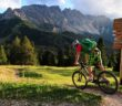 Biken auf dem Carezza Trail Eggental